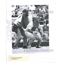 1971 Press Photo Phil Roof Baseball Catcher Milwaukee Brewers Snap - RRQ70487