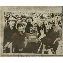 1974 Press Photo Columbus Wrestling Team Trophy - RRQ13361
