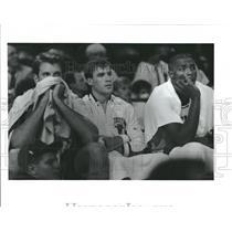 1992 Press Photo John PaxsonChicago Bulls - RRQ32795