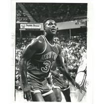 Press Photo Charles Oakley New York Knicks Basket Ball - RRQ10715