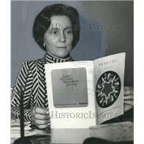 1971 Press Photo Birmingham Civic Center Manager-Accountant Mrs. L. R. Ward