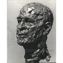 1972 Press Photo Bust of Lister Hill by sculptor Robert Berks - abna32602