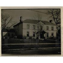 1928 Press Photo Old dellious Houses - RRW68375