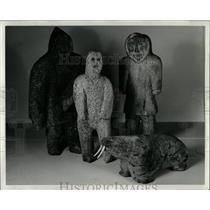 1974 Press Photo Contemporant Eskimo whalebune carvings - RRW91109