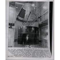 Press Photo Satellite Kennedy Western Delta Rocket - RRX57015