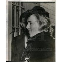 1939 Press Photo Mrs Mikhail Gorin Spy Suspect Smile - RRX35549
