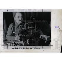 1947 Press Photo Explorer Martin Ronne - RRX75397