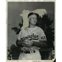 1952 Press Photo Birmingham baseball manager Al Vincent - abns07728