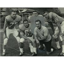 1965 Press Photo Coach Shorty White and football players - abns07429