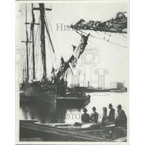 1880 Press Photo Jones Island in Milwaukee Harbor. - mjx48680