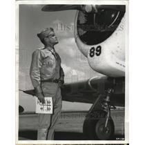 1942 Press Photo Aviation Cadet John Kaye receives training at Kelly Field