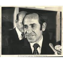1972 Press Photo Yogi Berra named new manager of NY Mets at Shea Stadium