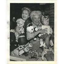 1964 Press Photo Mrs Clair Furlong Mrs Theodore Mayer - RRW37195