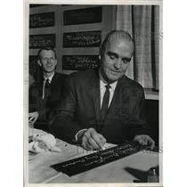 1969 Press Photo Green Bay Packers - Phil Bengtson, Head Coach - mjt00269