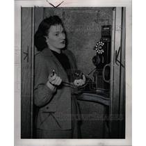 1947 Press Photo Agnes Platkowski phone booth telephone - RRW94651