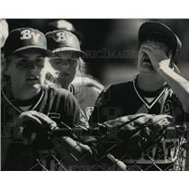 1991 Press Photo Bay View High School - Heidi Treiber, Gianna George, Softball