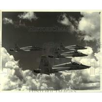 1989 Press Photo Northrop T-38 Talon jets flying in formation