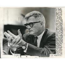 1963 Press Photo Robert Seamans Jr. testifies before Senate Space Committee
