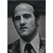 1975 Press Photo Andre Caron, Milwaukee Admirals hockey coach - mjt02137