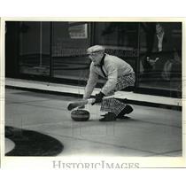 1984 Press Photo Del Hamilton, Curler in Wisconsin - mjt01762