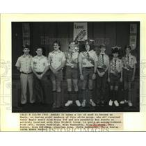 1990 Press Photo Alan Holekamp and other recipients of Boy Scout Eagle award