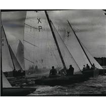 1953 Press Photo Boats during class E invitational sailing regatta in Wisconsin