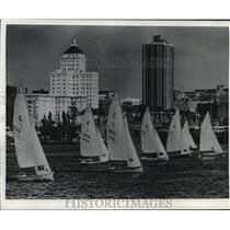 1960 Press Photo Boats race at Milwaukee Yacht Club Junior Sailing Championships
