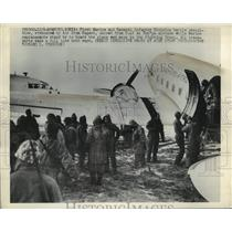 1950 Press Photo Injured American Soldiers evacuated by plane from Hagaru