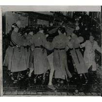 1955 Press Photo Bonn West Germany Riot Police Fight - RRX78243