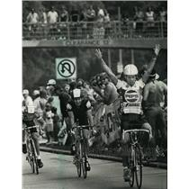 1988 Press Photo Bicycle racer Tommy Post during the Milwaukee Lake Park Classic