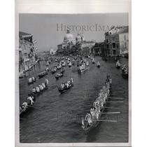 """1954 Press Photo Venice's annual """"Historical Regatta"""" - RRX70469"""