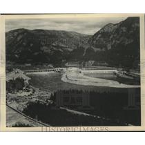 1951 Press Photo Bonneville Dam on Columbia River east of Portland, Oregon