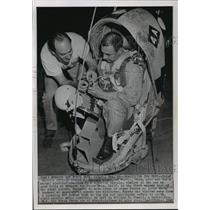 1962 Press Photo Test Pilot and Technician Practice with Steel Safety Cocoon