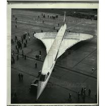 1971 Press Photo First Supersonic Jetliner towed from Hanger, Bristol, England