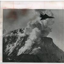 1963 Press Photo Air Force F-102 near eruption of Augustine volcano, Alaska