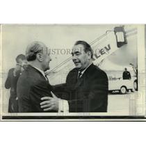 1971 Press Photo Janos Kadar greets Brezhnev in Budapest - mjw01216