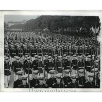 1942 Press Photo Argentine soldiers in dress uniform are shown on parade, AR