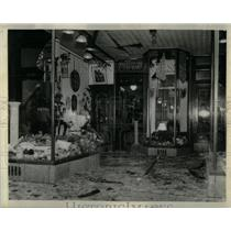1938 Press Photo Oriental Trading Company Bombing - RRX11365