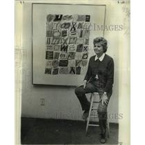1976 Press Photo Ida Kohlmeyer, pictured with one of her most recent canvases