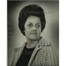 1974 Press Photo Mrs. M.D. Landry won $500 playing States-Item Draw Poker