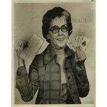 1974 Press Photo Mrs. Anne B. LeBeau displays winning hand and $500 check