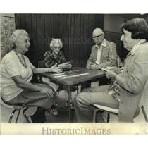 1977 Press Photo Preparing for Louisiana Bridge Association Regional Tournament