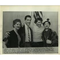 1957 Press Photo Olympic champions Mr. & Mrs. Harold Connolly with family