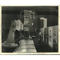 1957 Press Photo Magnetic Tape controlled airframe profile milling machine