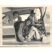 1985 Press Photo Relatively North sky diving group members cramped in jump plane