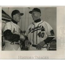 1953 Press Photo Charlie Grimm Braves, shakes hands with Eddie Stanky Cardinals.