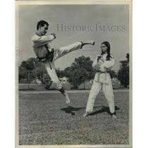1970 Press Photo Gary Jones and his wife Diane find Karate a rewarding hobby.