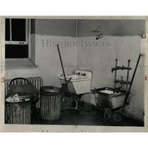 1938 Press Photo Utility room receiving hospital Gould