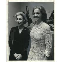 1976 Press Photo Mrs. William Rushton III, Mrs. Erie Pettus Jr., Museum of Art