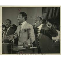 1985 Press Photo Reverend Jesse Jackson and Albert Turner Speak at Selma Rally